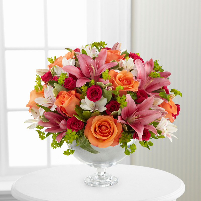 Simple Surprises Bouquet by Vera Wang